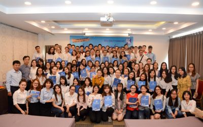 Khatoco awarded scholarships to 103 students from Khanh Hoa province studying in Ho Chi Minh city