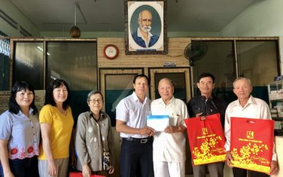 Khanh Viet Corporation sponsored Alexandre Yersin charity clinic VND120 million for buying medicines in 2020